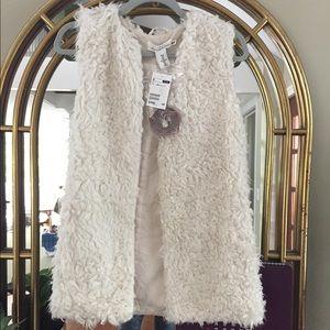 H&M fleece/faux fur vest